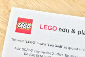 Danh thiếp Lego